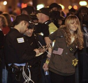 #Occupy Protest Arrests: More Than 100 in Custody in Chicago