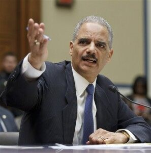 """Holder Defends """"Fast & Furious"""" on Capitol Hill [VIDEO]"""