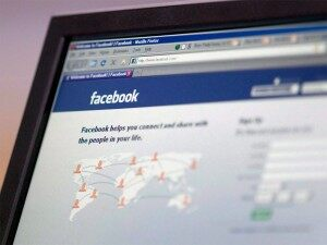 Facebook Changes Users' Email Addresses