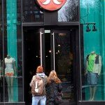 Lululemon Recalls Revealing Yoga Pants