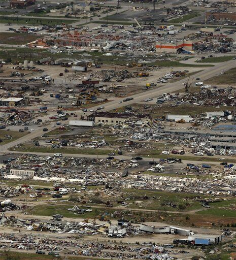 Picking up the Pieces in Joplin, MO [PHOTOS & VIDEO] | Video