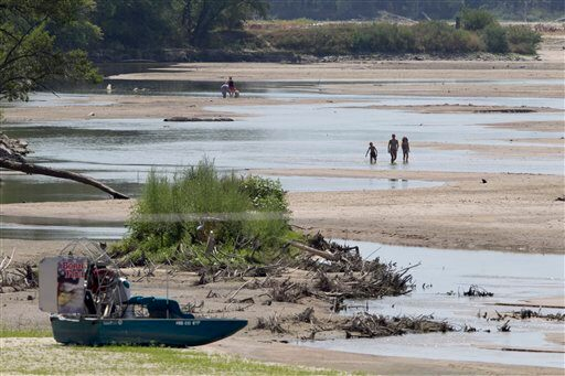 Drought killing fish hurting economy news for Medina lake fishing