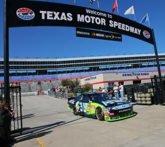 Fox in the fast lane nra 500 texas fox in the fast lane for Texas motor speedway weekend schedule