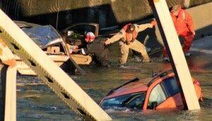 APTOPIX I-5 Bridge Collapse