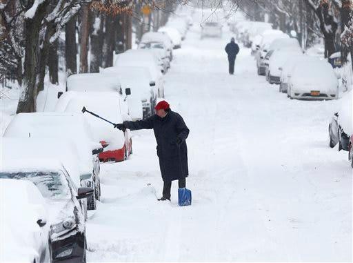 APTOPIX NY Winter Weather