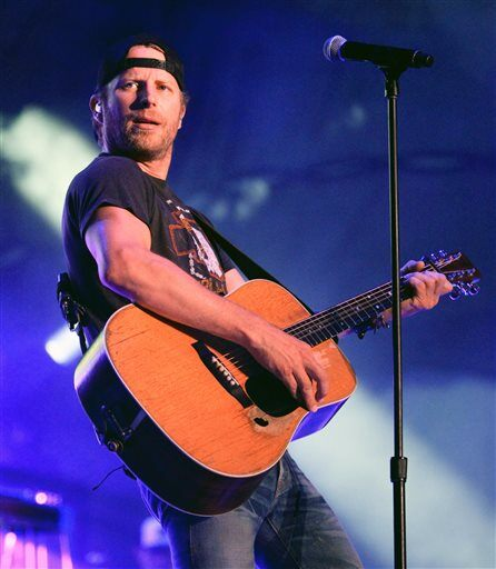 "Dierks Bentley Concert Tickets: FOX Country: Dierks Bentley Reveals ""Riser"" Tracks On"