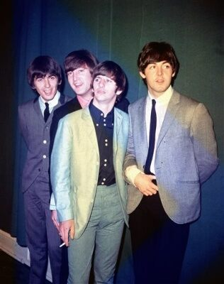 George harrison John Lennon Ringo Starr Paul McCartney