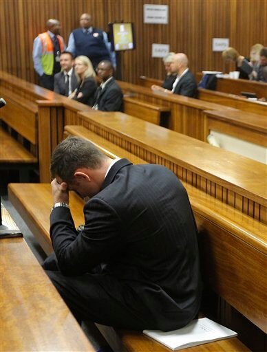 Pistorius murder trial witness recalls gunshots video news - Karen muir swimming pool kimberley ...