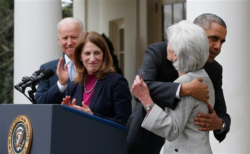 Barack Obama, Kathleen Sebelius, Sylvia Mathews Burwell, Joe Biden