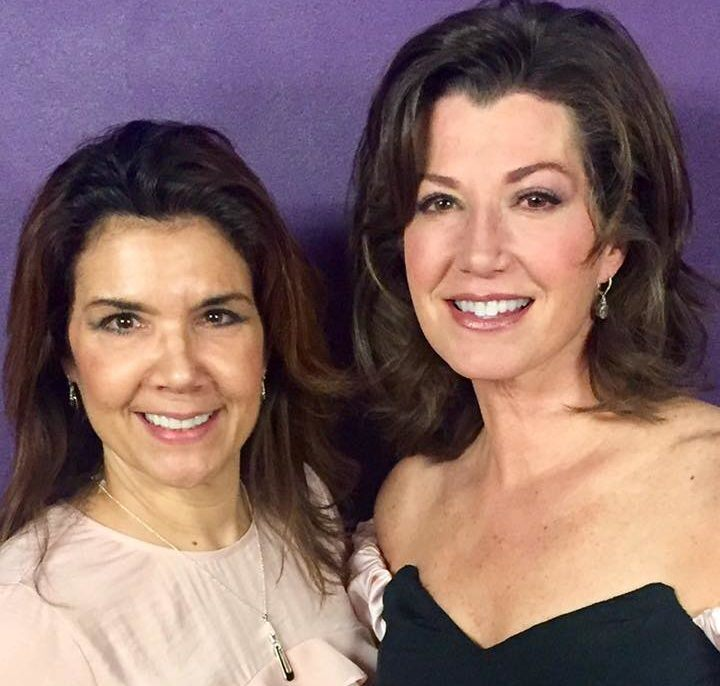 Amy Grant New Christmas Album.Amy Grant Releases First Christmas Album In Nearly 20 Years