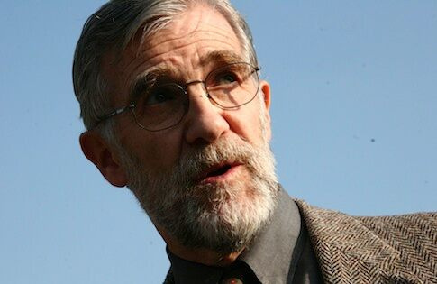 Talk Nation Radio: Ray McGovern: Russia and U.S. Senators...