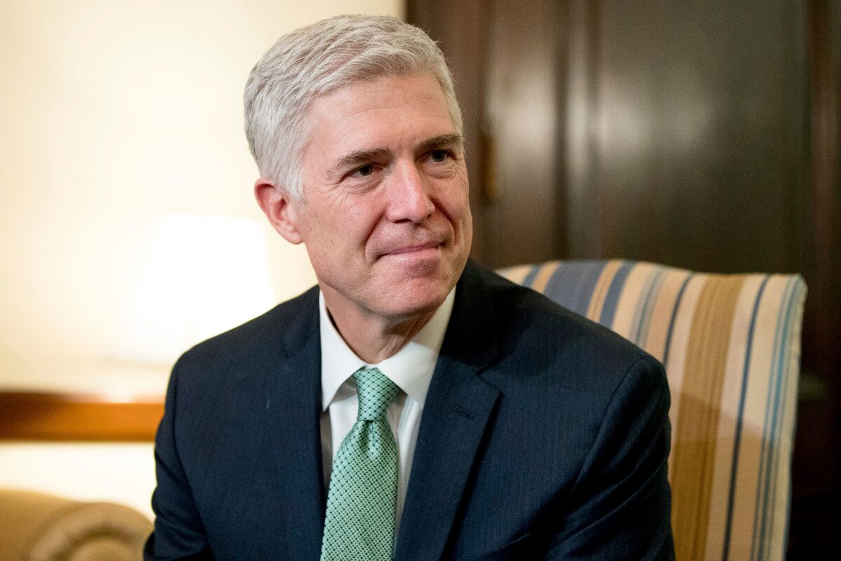 Dems block Gorsuch's path to Supreme Court, GOP expected to go 'nuclear'