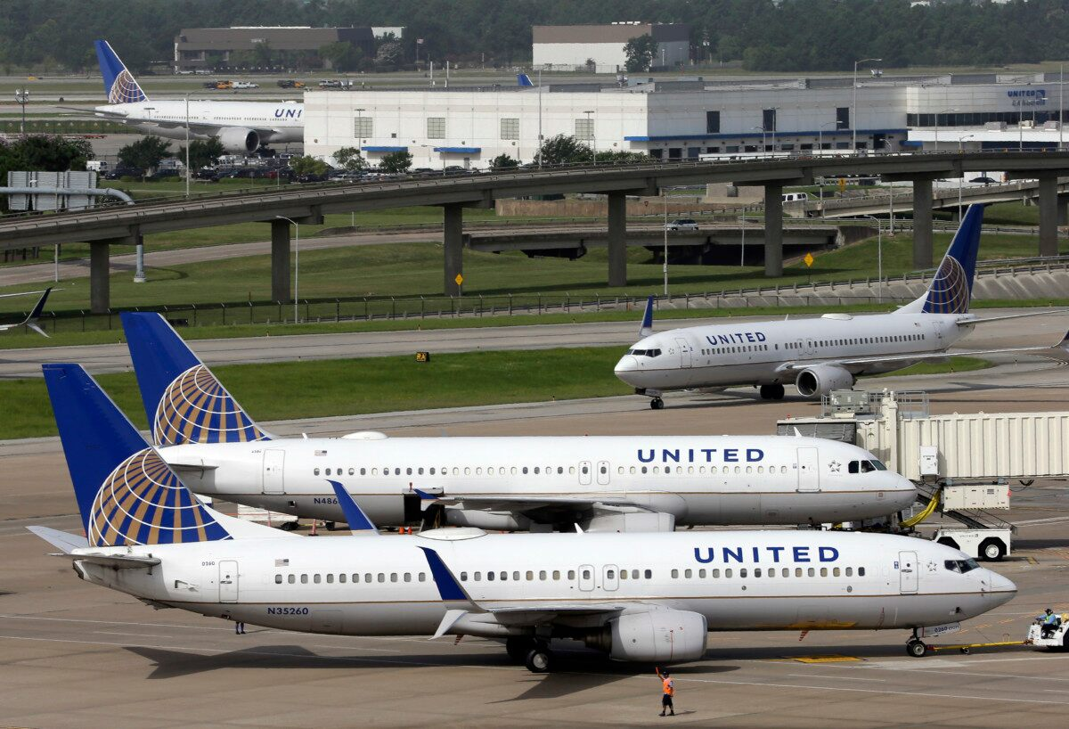Two officers fired for dragging doctor off of United Airlines flight