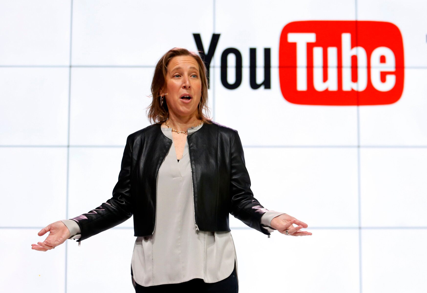 Google to hire thousands of YouTube moderators as criticism over content mounts